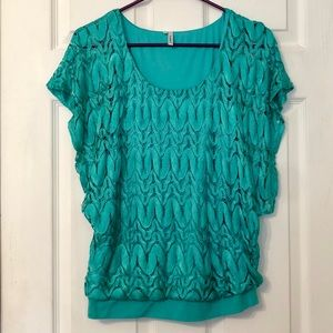 Studio Y Small women's casual top
